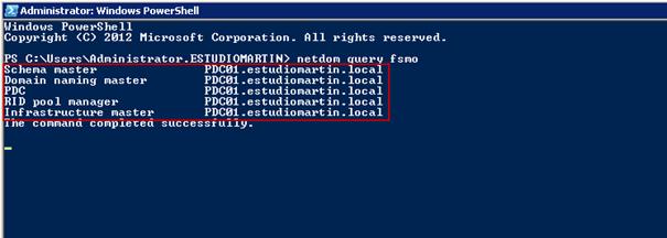Ilustración 1 – Comando para verificar ubicación de roles FSMO en Windows Server.