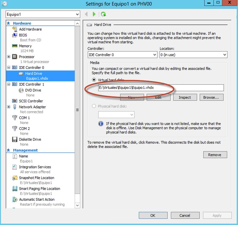 Ilustración 14 – Módulo de PowerShell para Hyper-V en Windows Server 2012. Agregado de Virtual Disk para Equipo Virtual mediante Add-VMHardDiskDrive. Corroboración de opciones.